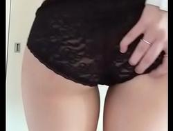 Sexy Striptease Video Girlfriend Totally Naked - streaptease.net