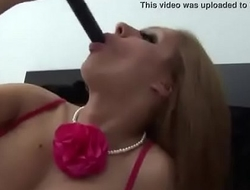 Amateur Puts A Vibrator Inside Her Pussy Then Sucks Off Her Juices