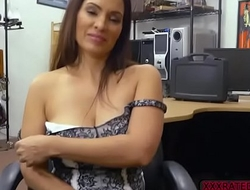 Babe Sophie Leon gets an amazing fuck in the pawnshop