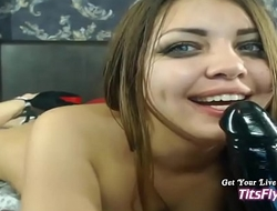 Fuck a Webcam girl Live Dildo Girl